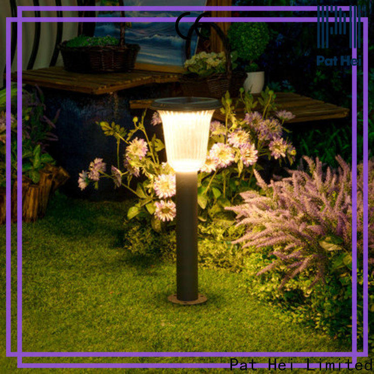 China solar powered lawn lights easy to install with silicone cover for sale